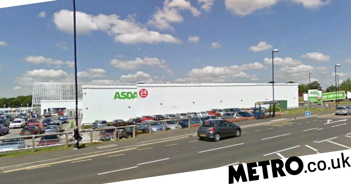 Couple accidentally upload eye-watering sex pictures to computer in Asda