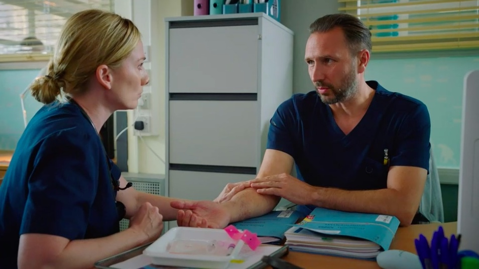 Holby City review with spoilers: A kiss but no closer for Jac and Fletch