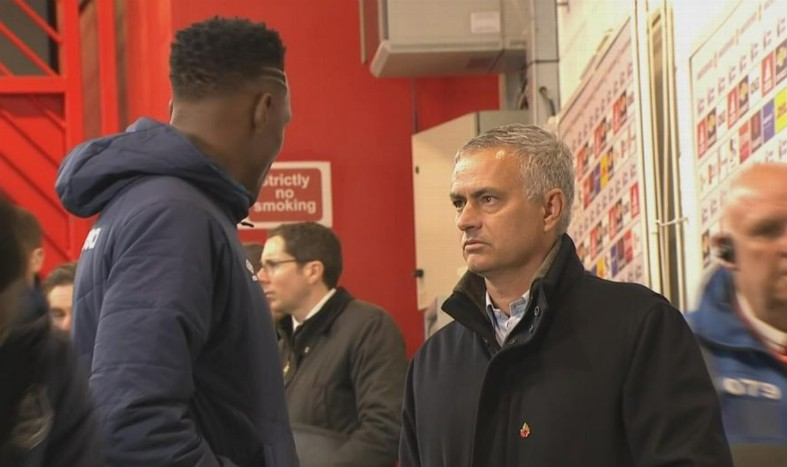 Jose Mourinho seen chatting with Yerry Mina after Manchester United pull plug on summer transfer