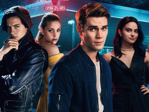 What time does Riverdale come out on Netflix? Season three episode one released today!