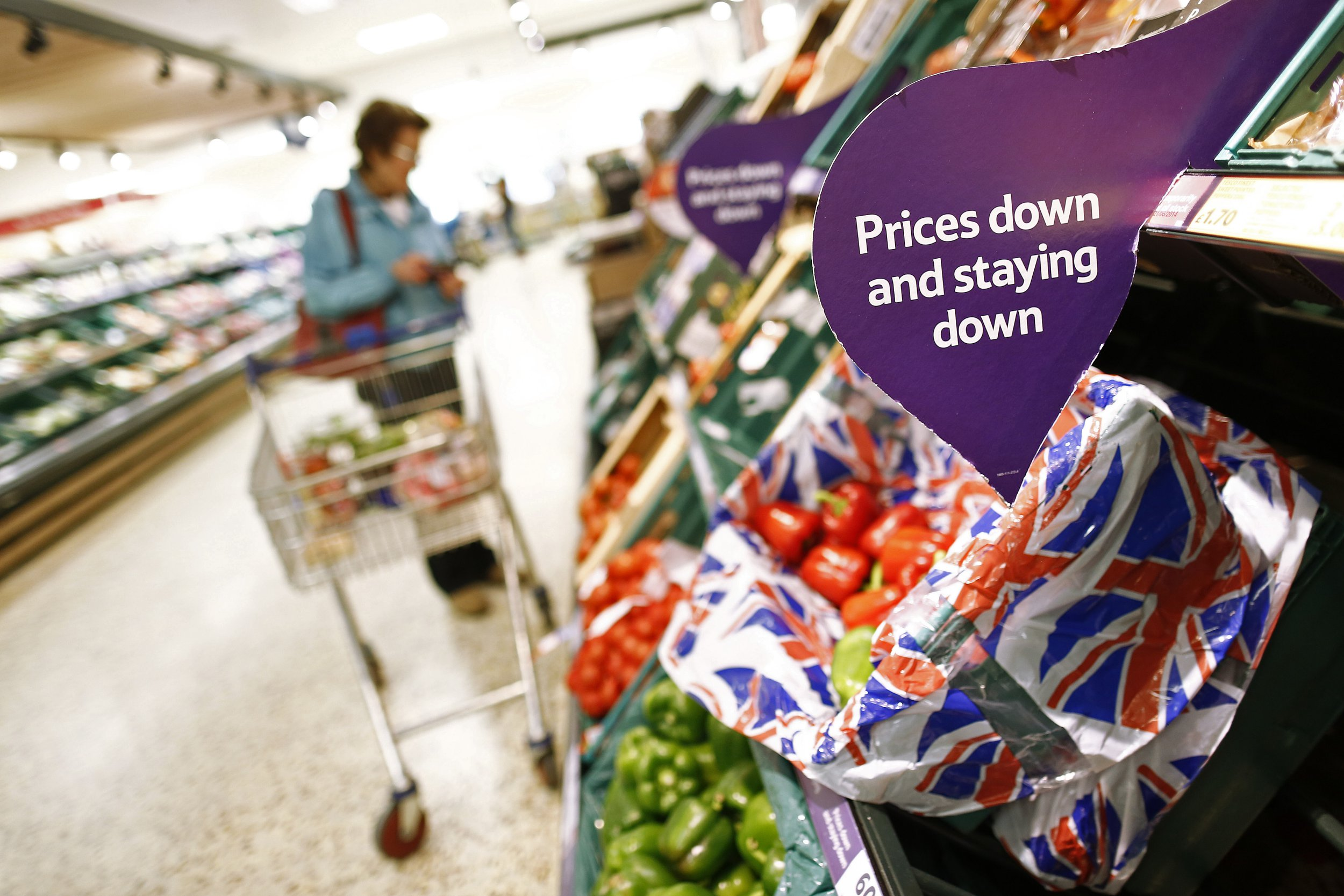 Tesco scraps 'best before' dates to help reduce food waste