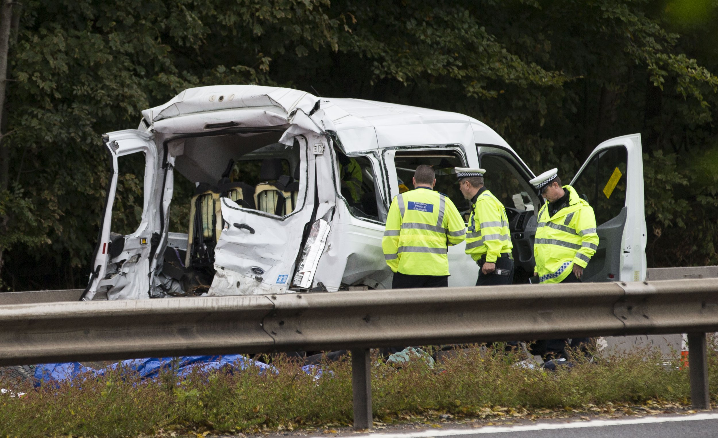 INS News Agency Ltd. 11/10/2018 *************** Picture by James Robinson*************** A multiple crash involving a minibus and a lorry on the M4 motorway was feared to have left at least two people dead and others with tragic injuries this afternoon/Yesterday (Thurs). All six lanes of the m-way were closed creating major traffic jams and long diversions as a fleet of ambulances, four helicopters including three air ambulances, fire crews and police converged on the dramatic scene. Three people were fighting for their lives and three more were taken to hospital with serious injuries after the collision. The crash happened on the London-bound carriageway of the M4 near Welford, Berkshire just after 1.30pm See copy INSmini
