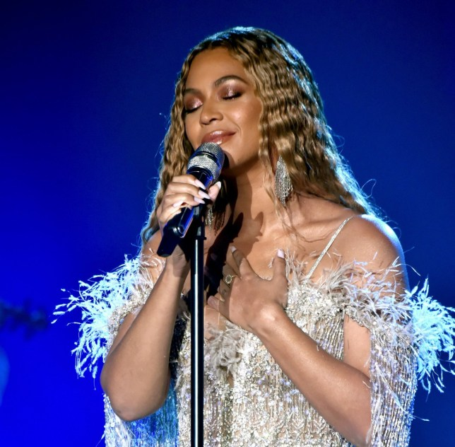 SANTA MONICA, CA - OCTOBER 11: Beyonce performs onstage during the City of Hope Spirit of Life Gala 2018 at Barker Hangar on October 11, 2018 in Santa Monica, California. (Photo by Kevin Mazur/Getty Images for City of Hope)