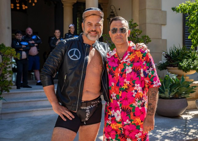 STRICT EMBARGO - NO USE BEFORE 00:01GMT SATURDAY 13TH OCTOBER 2018 - EDITORIAL USE ONLY - NO MERCHANDISING Mandatory Credit: Photo by Dymond/Thames/Syco/REX/Shutterstock (9928530p) Robbie Williams and David Walliams 'The X Factor' TV show, Series 15, Episode 13, UK - 13 Oct 2018