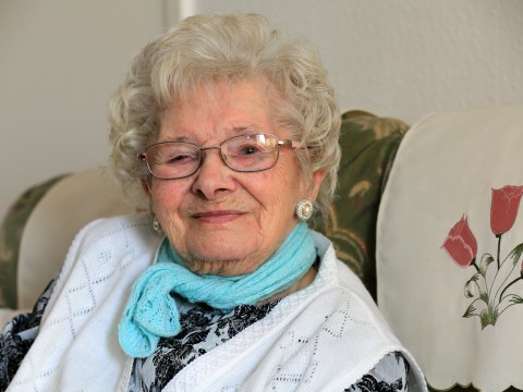 101-year-old woman says she's lived so long thanks to putting brandy in her tea