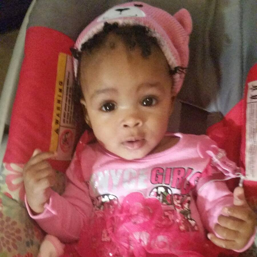 (Picture: GoFundMe) PICTURED: Victim Royalty Marie Floyd in a photo from her mother's Facebook page (Veronica Shant'e Jones). SHAW, Miss. ? Grandmother Carolyn King is in custody after authorities say a little girl, Royalty Marie Floyd, was stabbed, then placed in a hot oven in a home at 500 Martin Luther King Drive in Shaw, Mississippi. Jones, the girl?s grandmother, has been taken into custody on a murder charge. Police were called around 7 Monday night, October 15, 2018, to a home in Shaw. There, the 20-month-old girl was found dead in the heated oven.
