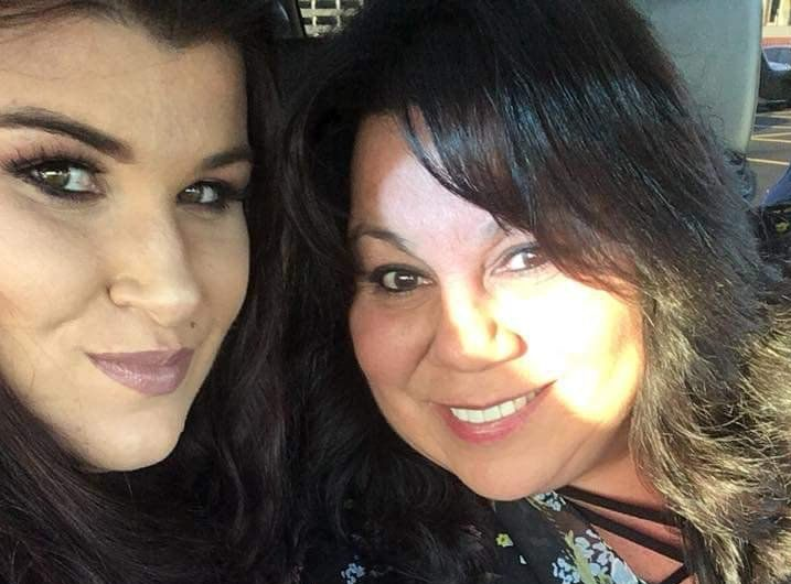 Woman becomes friends with the stranger who saved her life with CPR