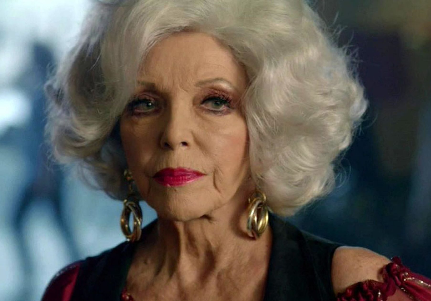 American Horror Story: Joan Collins returns from the dead in dramatic season 8 comeback
