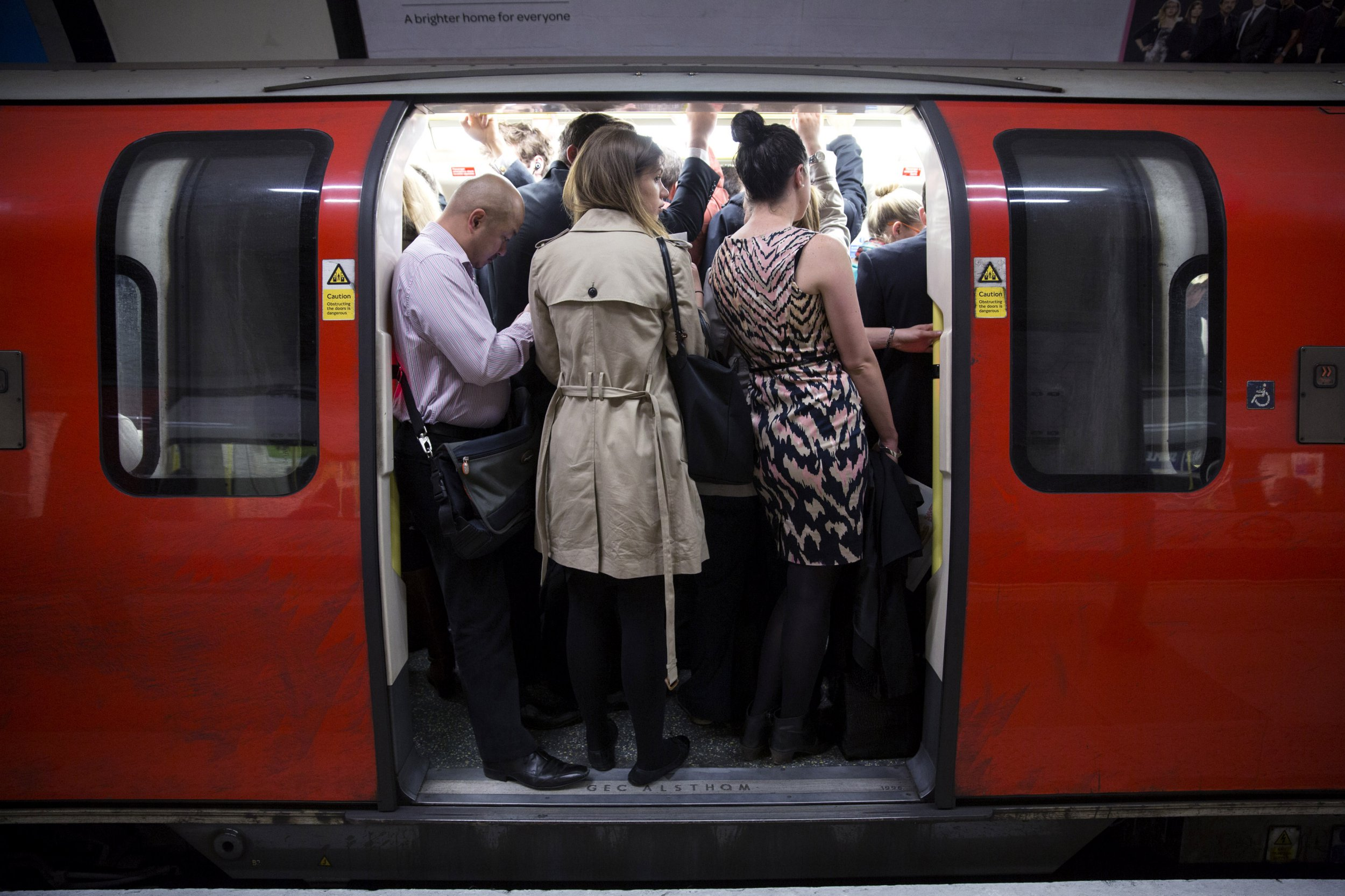 When are London tubes, trains and buses running over Christmas 2018?