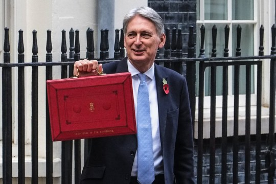 SIPA USA via PA Images Chancellor Philip Hammond leaves No 11 Downing Street for the House of Commons in London, UK on October 29, 2018 where he will deliver his Budget. (Photo by Claire Doherty/Sipa USA)