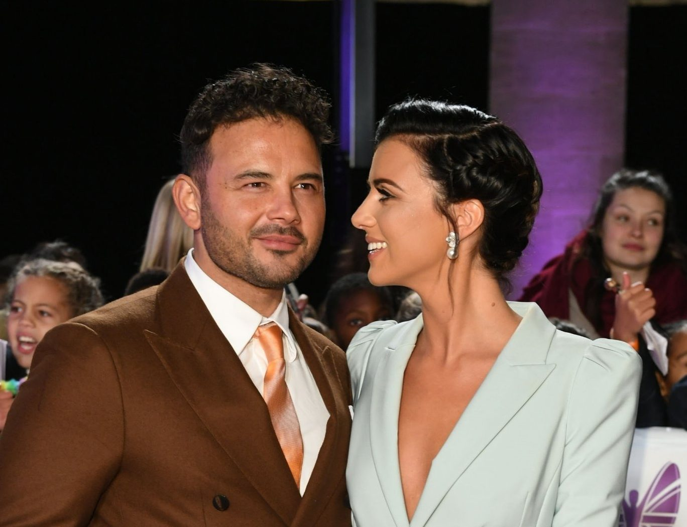 BGUK_1385741 - London, UNITED KINGDOM - The 2018 Pride Of Britain Awards held at the Grosvenor House Hotel, Park Lane, London. Pictured: Ryan Thomas - Lucy Mecklenburgh BACKGRID UK 29 OCTOBER 2018 BYLINE MUST READ: TIMMSY / BACKGRID UK: +44 208 344 2007 / uksales@backgrid.com USA: +1 310 798 9111 / usasales@backgrid.com *UK Clients - Pictures Containing Children Please Pixelate Face Prior To Publication*
