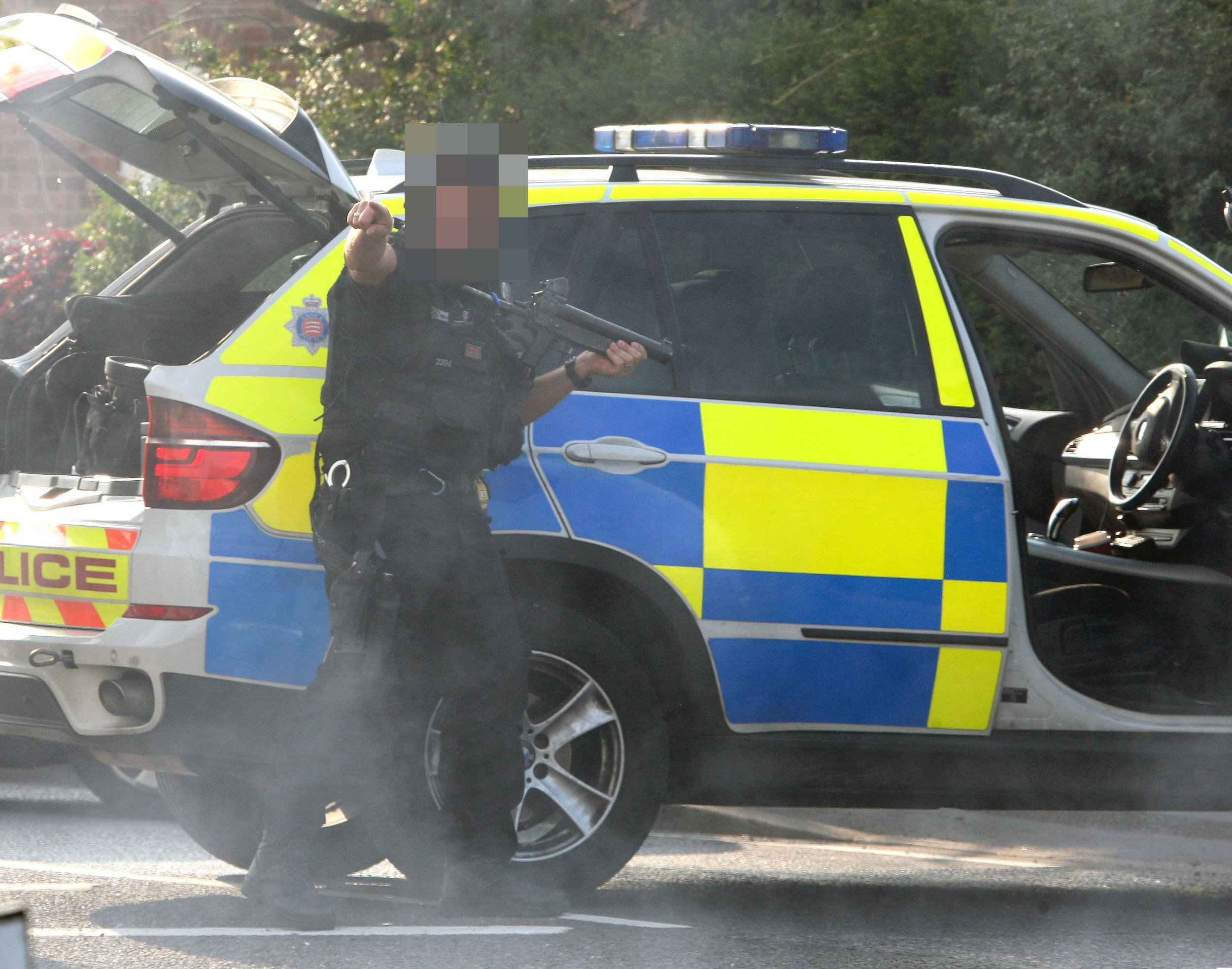 Date: 31 Oct 2018 Location: Basildon, Essex. Pictured: File Picture of an armed Essex Police Officer. Armed cops rushed to stop two knife-wielding serial killers only to discover men in Halloween costume. The gun-toting police were called after reports of ???two men with masks and a machete??? on a busy road who were ???causing alarm to the public???. The tactical team found the stunned revellers in Basildon, Essex, were wearing costumes inspired by classic horror films Halloween and Friday the 13th Words: Essex News and Pictures.