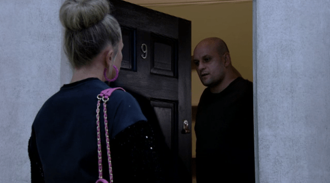 EastEnders spoilers: Linda betrays Mick with Stuart | Metro News