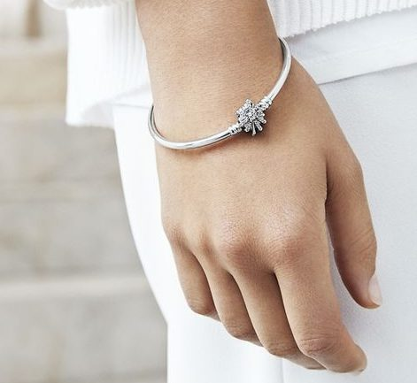 28c962895 Pandora launches Black Friday offer and you could get a free limited ...