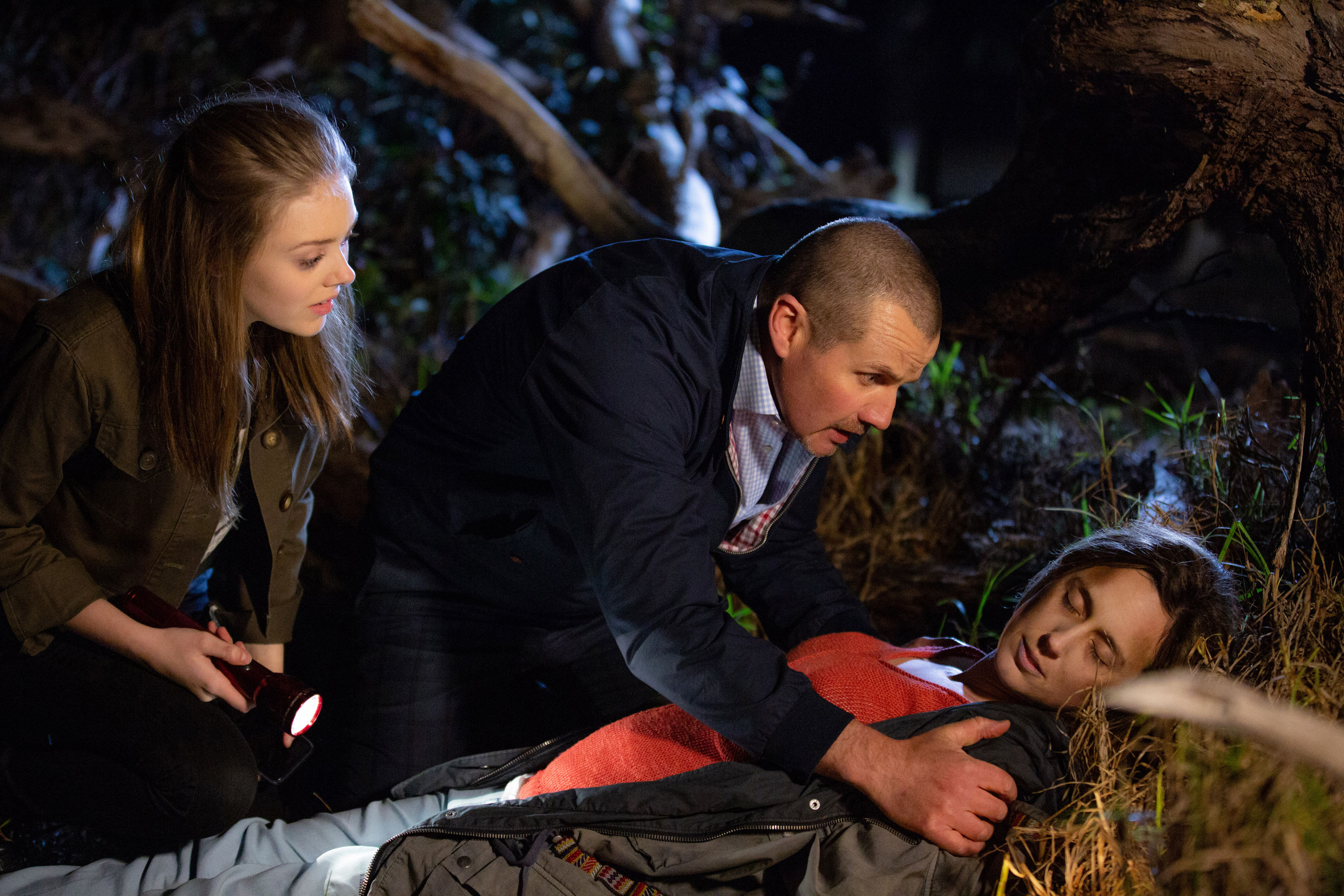 Love confessions, Leo's secret and Sonya shock death? 8 big Neighbours spoilers