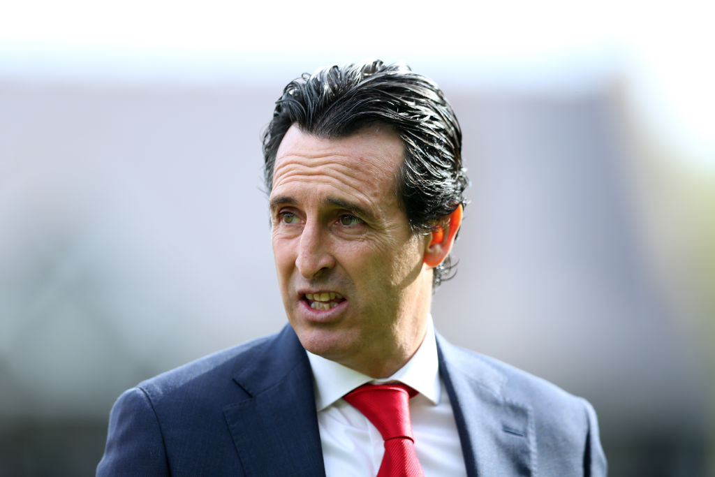 Arsenal consider cashing in on Danny Welbeck in January against Unai Emery's wishes