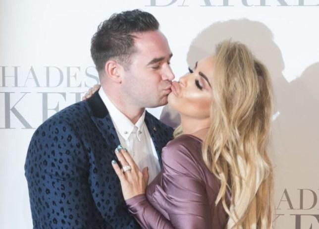 Kieran Hayler and Katie Price kissing