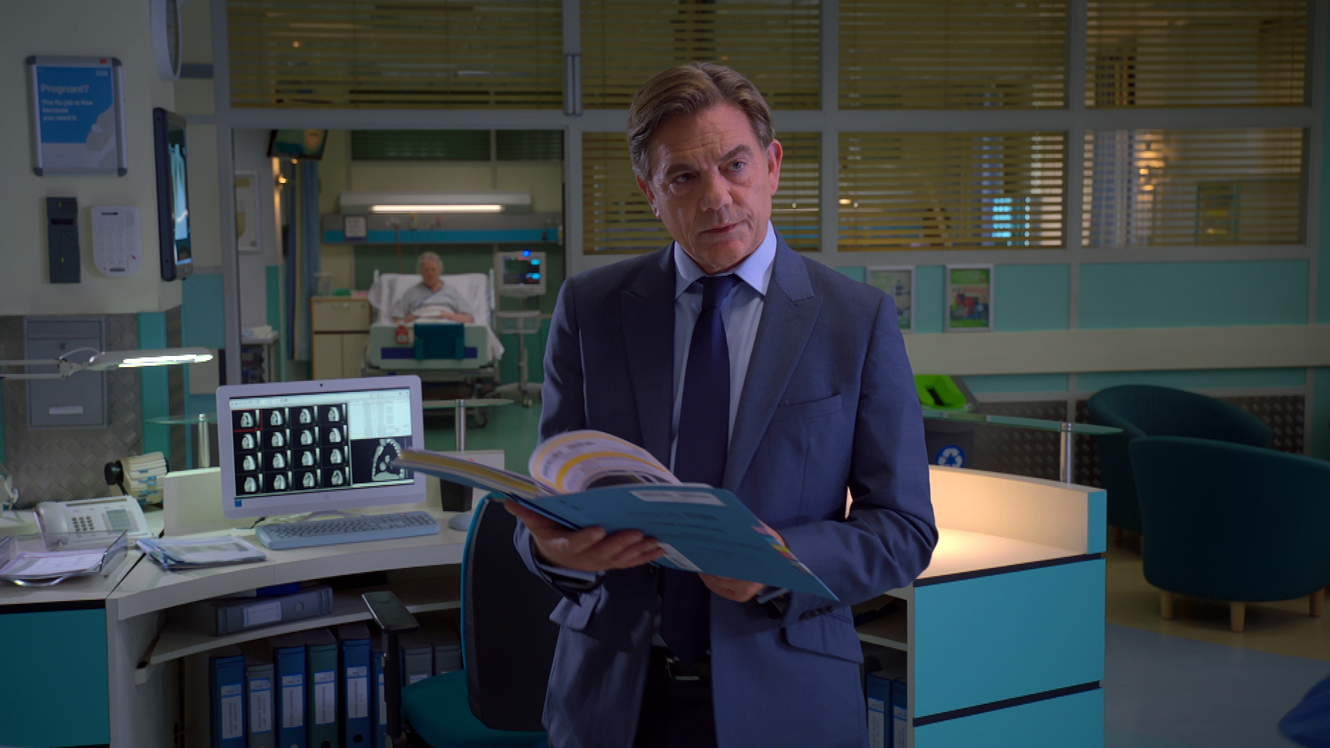 Holby City review with spoilers: Selfie and Mo to the rescue!