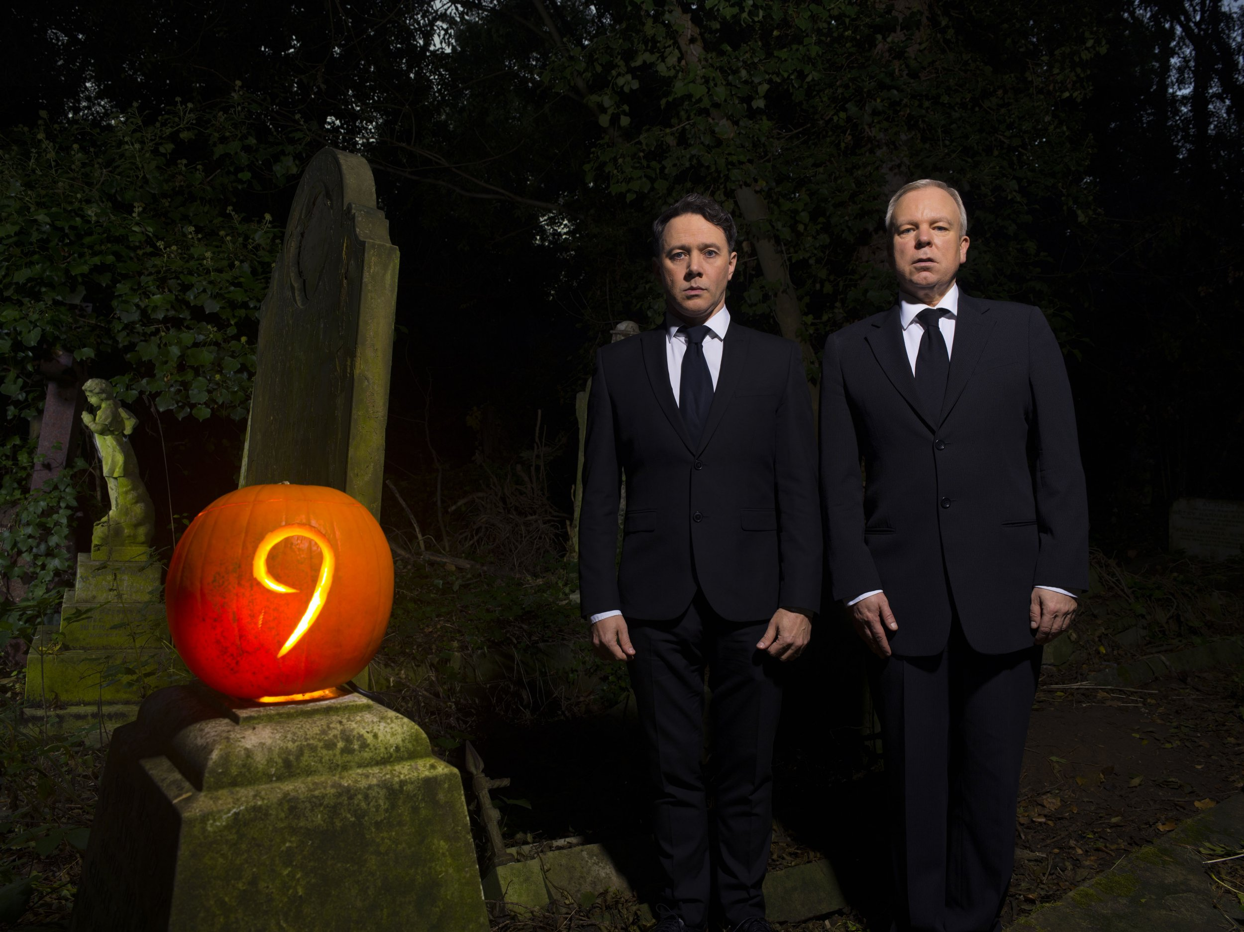 WARNING: Embargoed for publication until 00:00:01 on 24/10/2018 - Programme Name: Inside No. 9 Live - TX: 28/10/2018 - Episode: Dead Line (No. n/a) - Picture Shows: Reece Shearsmith, Steve Pemberton - (C) BBC - Photographer: Richard Ansett