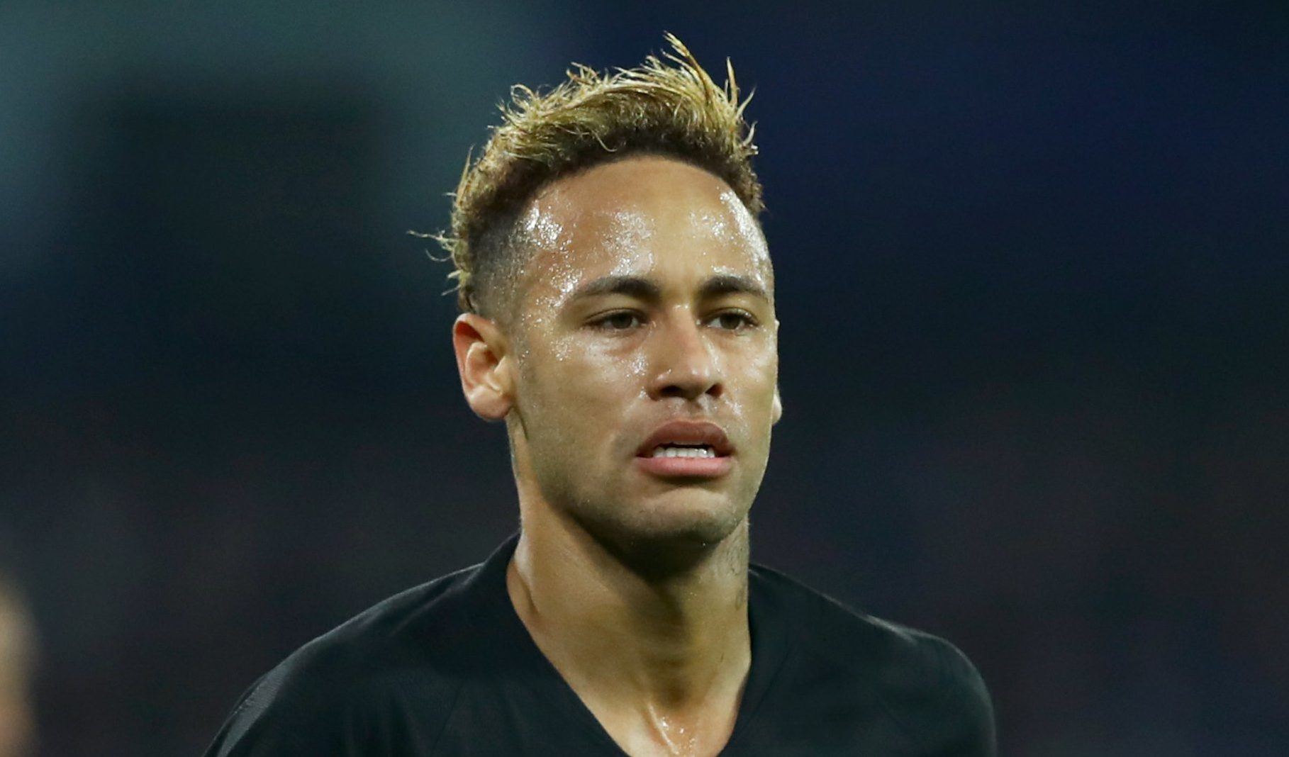 Neymar faces race against time to return for second leg against Manchester United