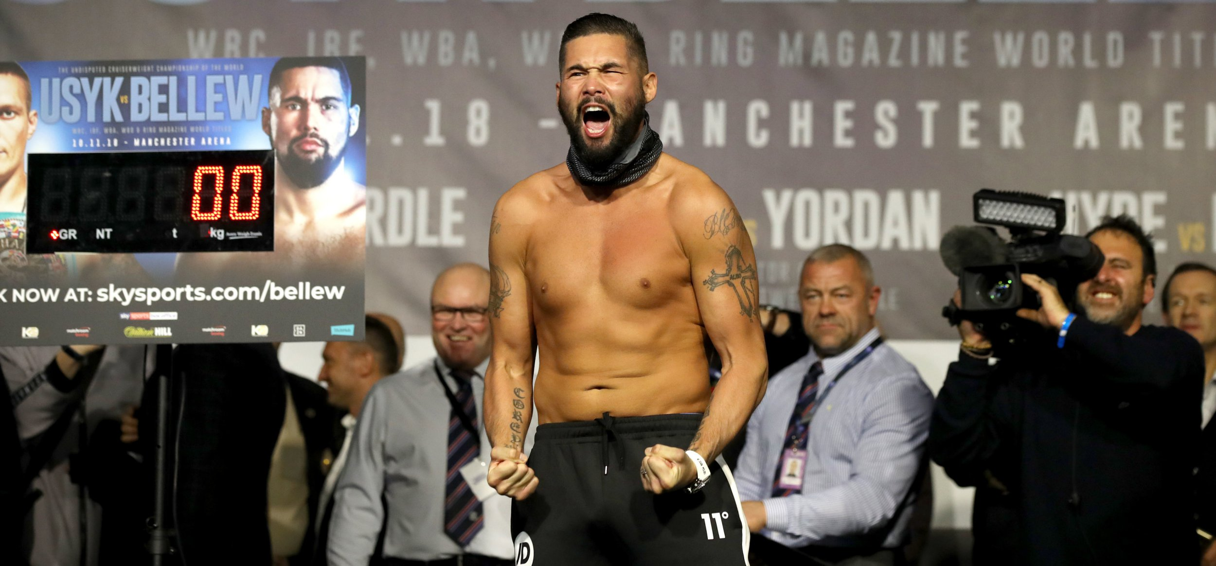 Anthony Joshua urges Tony Bellew to utilise body shots against Oleksandr Usyk