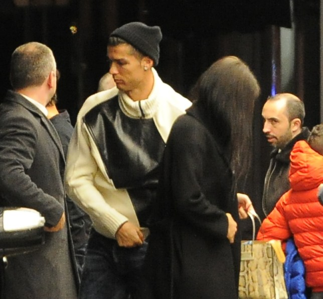 Cristiano Ronaldo seen arriving in London with his girlfriend Georgina Rodriguez and son Cristiano Ronaldo Junior Pictured: Cristiano Ronaldo,Georgina Rodriguez,Cristiano Ronaldo Junior Ref: SPL5041115 121118 NON-EXCLUSIVE Picture by: PALACE LEE / SplashNews.com Splash News and Pictures Los Angeles: 310-821-2666 New York: 212-619-2666 London: 0207 644 7656 Milan: 02 4399 8577 photodesk@splashnews.com World Rights,