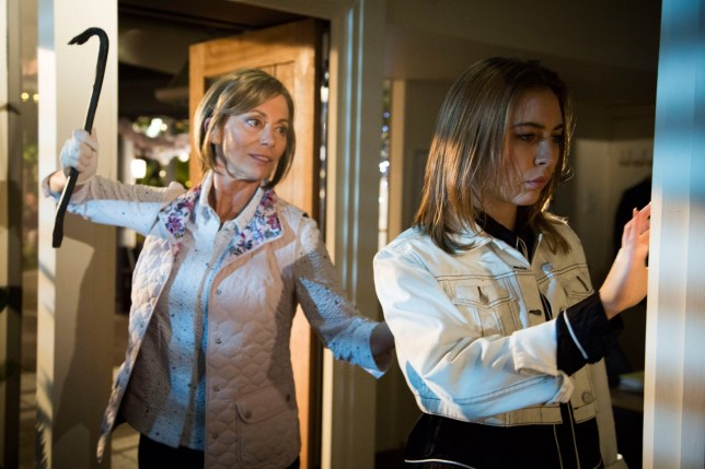 **EMBARGO 19th NOVEMBER 2018** NEIGHBOURS 7983 04 - Alice (Kerry Armstrong) lies in wait for Piper (Mavournee Hazel)