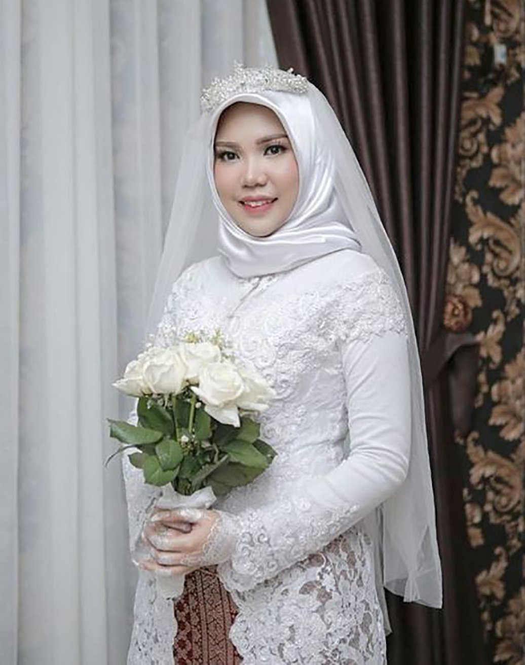 METRO GRAB VIA INSTAGRAM Intan Syari and Rio Nanda Pratama were due to get married on 11 November. But Mr Pratama died as he was coming home for the wedding, when Lion Air flight JT 610 crashed on 29 October shortly after taking off from Jakarta. https://www.instagram.com/p/BqGsP2Znm70/