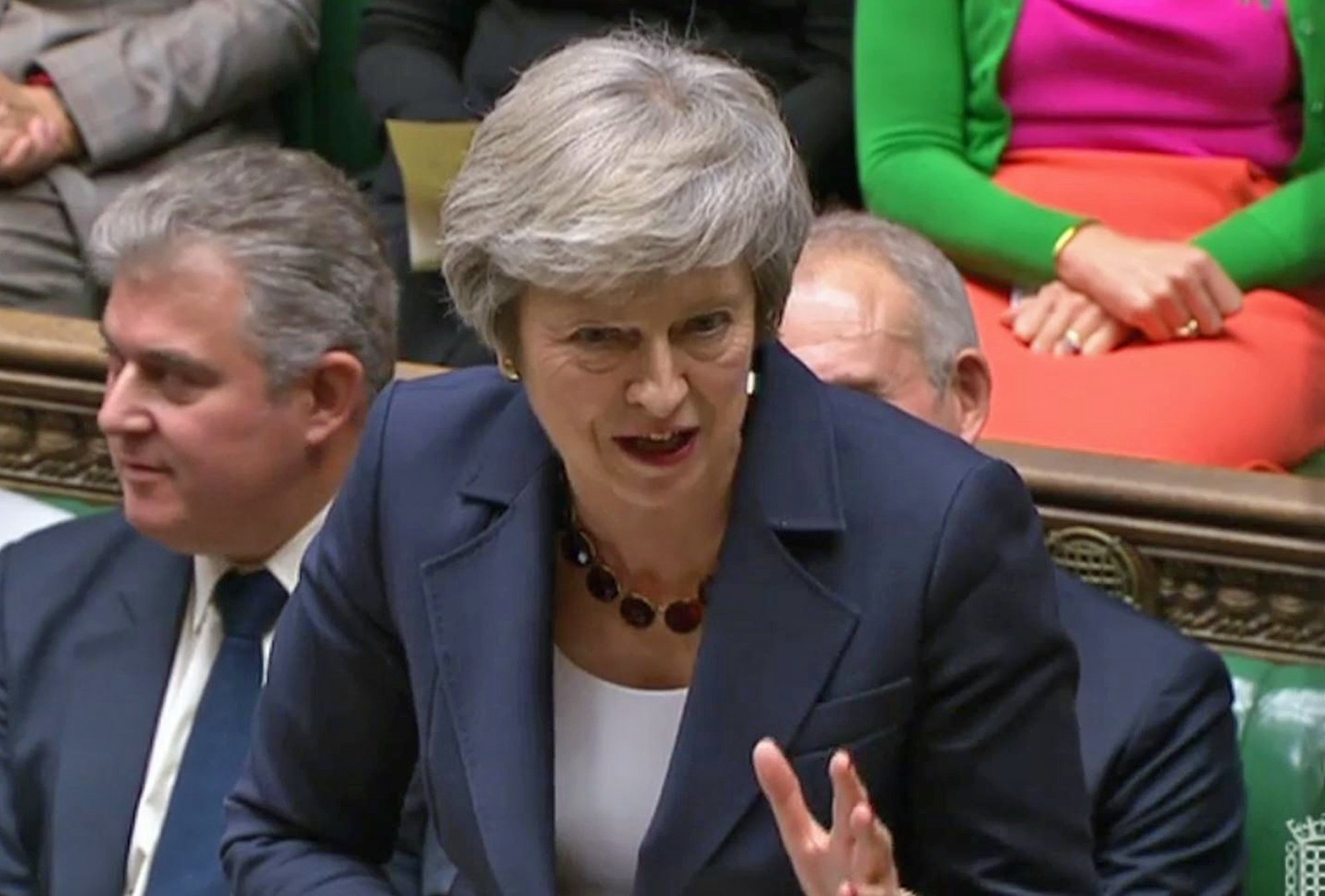 Theresa May faces Brexit grilling hours before showdown with cabinet over final deal