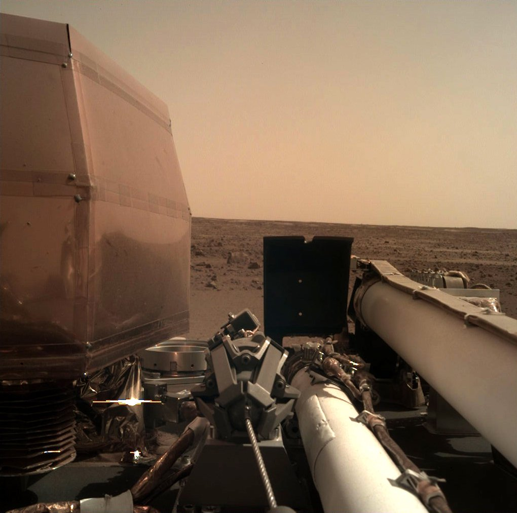 Nasa Insight probe beams back first amazing pictures of Mars – so where are the ancient aliens?