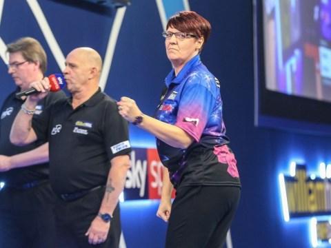 Lisa Ashton eventually falls to Jan Dekker after blistering start at PDC World Championship