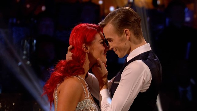"8-12-2018 TV show ""Strictly Come Dancing"" (series 16) Week 12 semi final Pictured: Joe Sugg Dianne Buswell PLANET PHOTOS www.planetphotos.co.uk info@planetphotos.co.uk +44 (0)20 8883 1438"