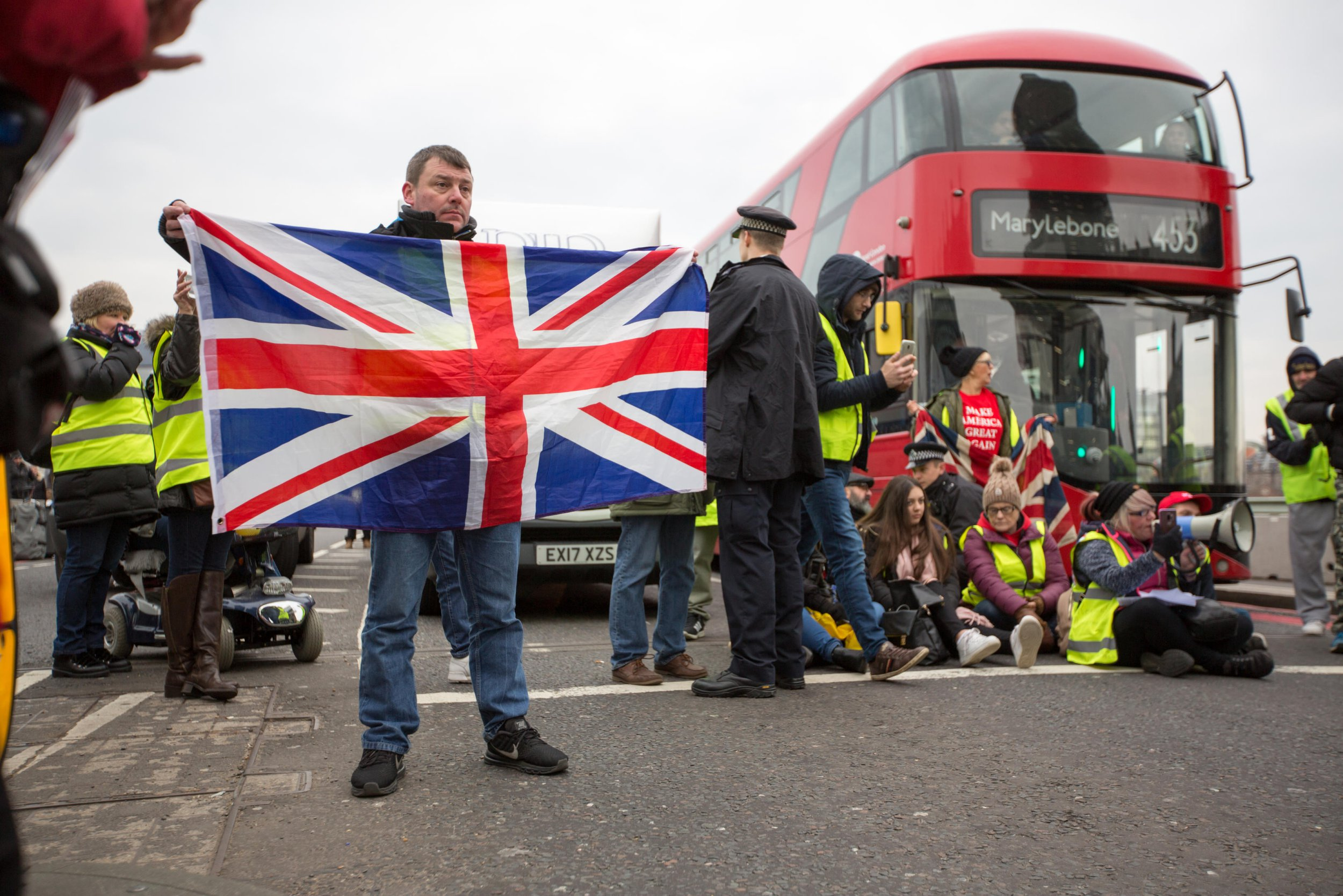 Pro-Brexit yellow vest protesters block Westminster Bridge