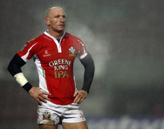 Mandatory Credit: Photo by Back Page Images/REX/Shutterstock (8471597c) Gareth Thomas of Crusaders Rl -------------------- Matt West / Bpi Engage Super League Celtic Crusaders V Catalans Dragons 19 March 2010 Javier Garcia +447887794393 Info@backpageimages Com Http://www Backpageimages Com Bpi Photos of the Year - March 2010 - 19 Mar 2010
