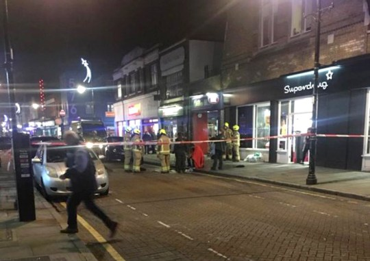 METROGRAB We're dealing with an incident at around 5.40pm in which a substance, believed to be ammonia, was thrown at a 29-yr-old man in the area of Roman Rd, E3 (Picture: London 999)