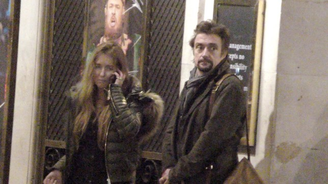 BGUK_1424730 - London, UNITED KINGDOM - Richard Hammond and his wife Mindy Hammond wait over 15min outside Her Majesty's Theatre in Haymarket for their driver to arrive Pictured: Richard Hammond and Mindy Hammond BACKGRID UK 4 DECEMBER 2018 UK: +44 208 344 2007 / uksales@backgrid.com USA: +1 310 798 9111 / usasales@backgrid.com *UK Clients - Pictures Containing Children Please Pixelate Face Prior To Publication*