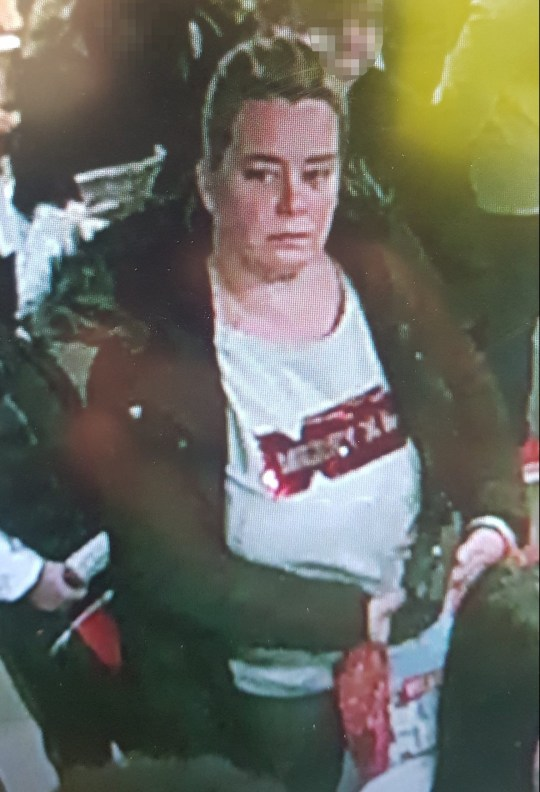 Woman steals teenager's Christmas presents in McDonald's METRO GRAB taken from: http://www.gmp.police.uk/live/nhoodv3.nsf/WebsitePages/898623F6751E532B8025835A0058C986?OpenDocument Credit: Greater Manchester Police