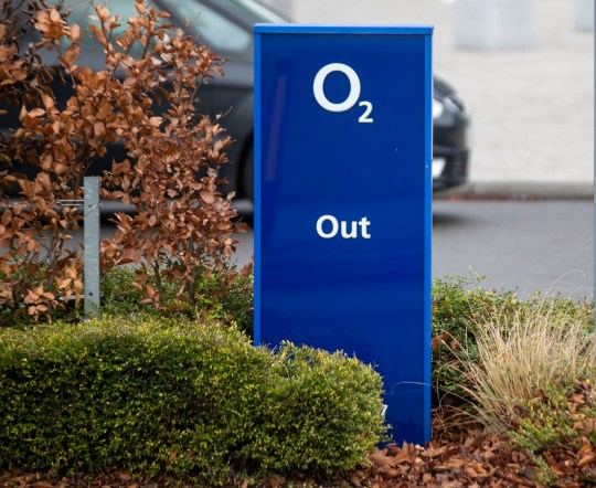 Faulty Use Of Data Threatens Early >> O2 Services Restored After Technical Fault Hit Sky Tesco And