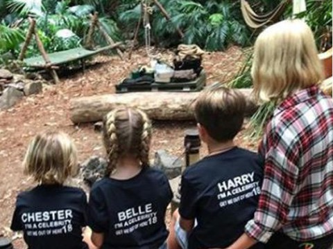 Holly Willoughby signs out of I'm A Celebrity 2018 in cute huddle with her kids