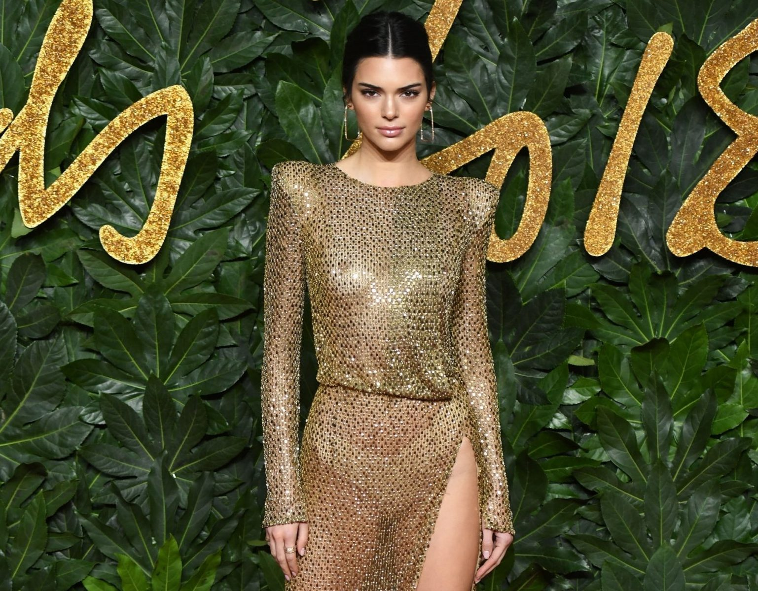 BGUK_1430427 - London, UNITED KINGDOM - The British Fashion Awards 2018 held at the Royal Albert Hall in London. Pictured: Kendall Jenner BACKGRID UK 10 DECEMBER 2018 BYLINE MUST READ: TIMMSY / BACKGRID UK: +44 208 344 2007 / uksales@backgrid.com USA: +1 310 798 9111 / usasales@backgrid.com *UK Clients - Pictures Containing Children Please Pixelate Face Prior To Publication*