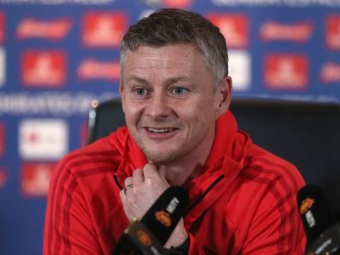 Dimitar Berbatov sends surprising transfer message to Manchester United caretaker boss Ole Gunnar Solskjaer