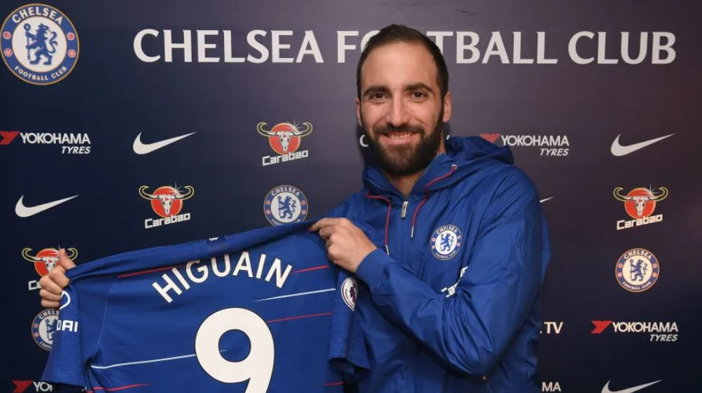 Chelsea announce signing of Gonzalo Higuain from Juventus