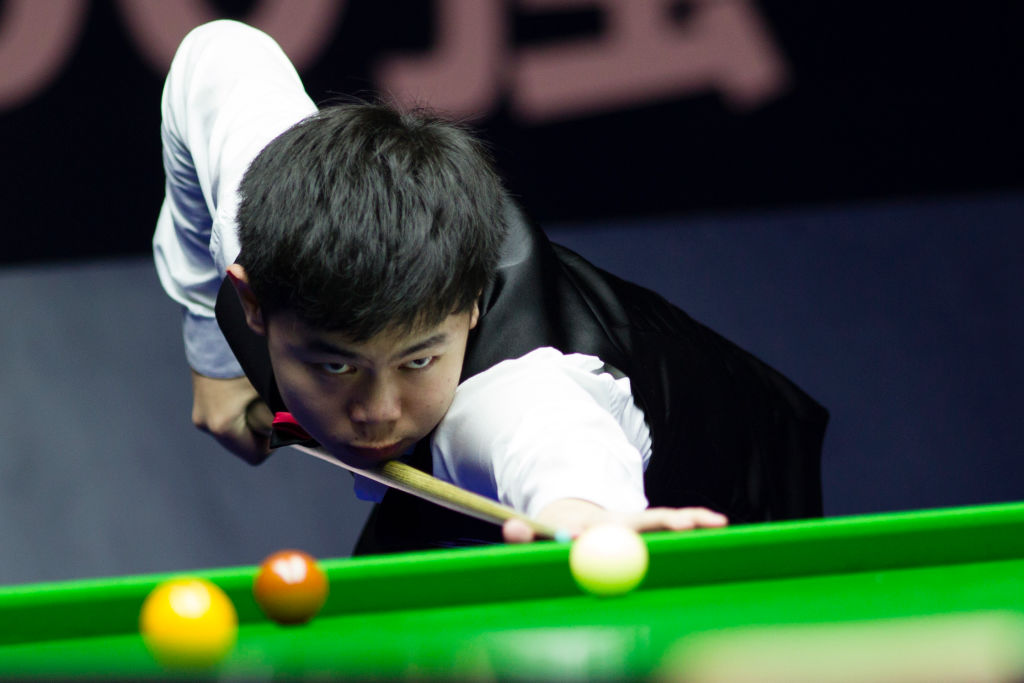 18-year-old Yuan Sijun stuns John Higgins in German Masters first round