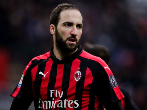 Gonzalo Higuain signing a 'no-brainer' for Chelsea, says Manchester United legend Andy Cole