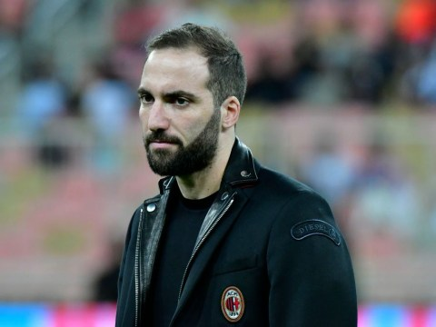 Maurizio Sarri claims Gonzalo Higuain transfer is in Chelsea chief's hands