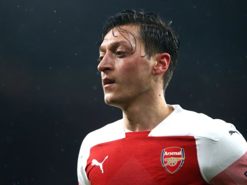 PSG in late approach for Arsenal playmaker Mesut Ozil following Neymar's injury