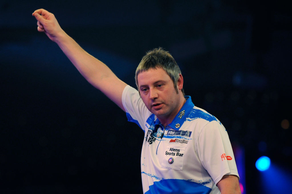 Scott Baker ready to take on the PDC after Q School success as he inks promotional deal