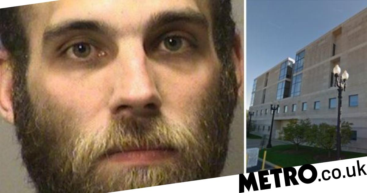 Pedophile Made Girl, 12, Send Him Naked Photo  Then -9305