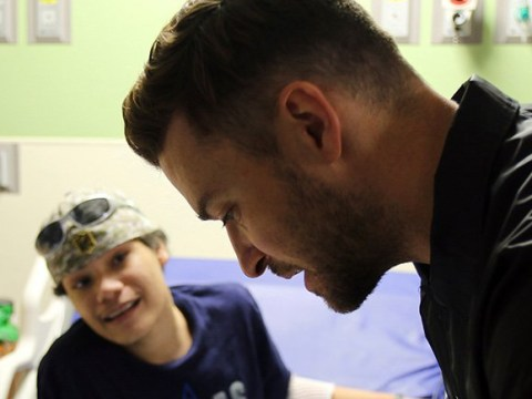 Justin Timberlake visits Texas hospital patients after Can't Stop the Feeling viral video
