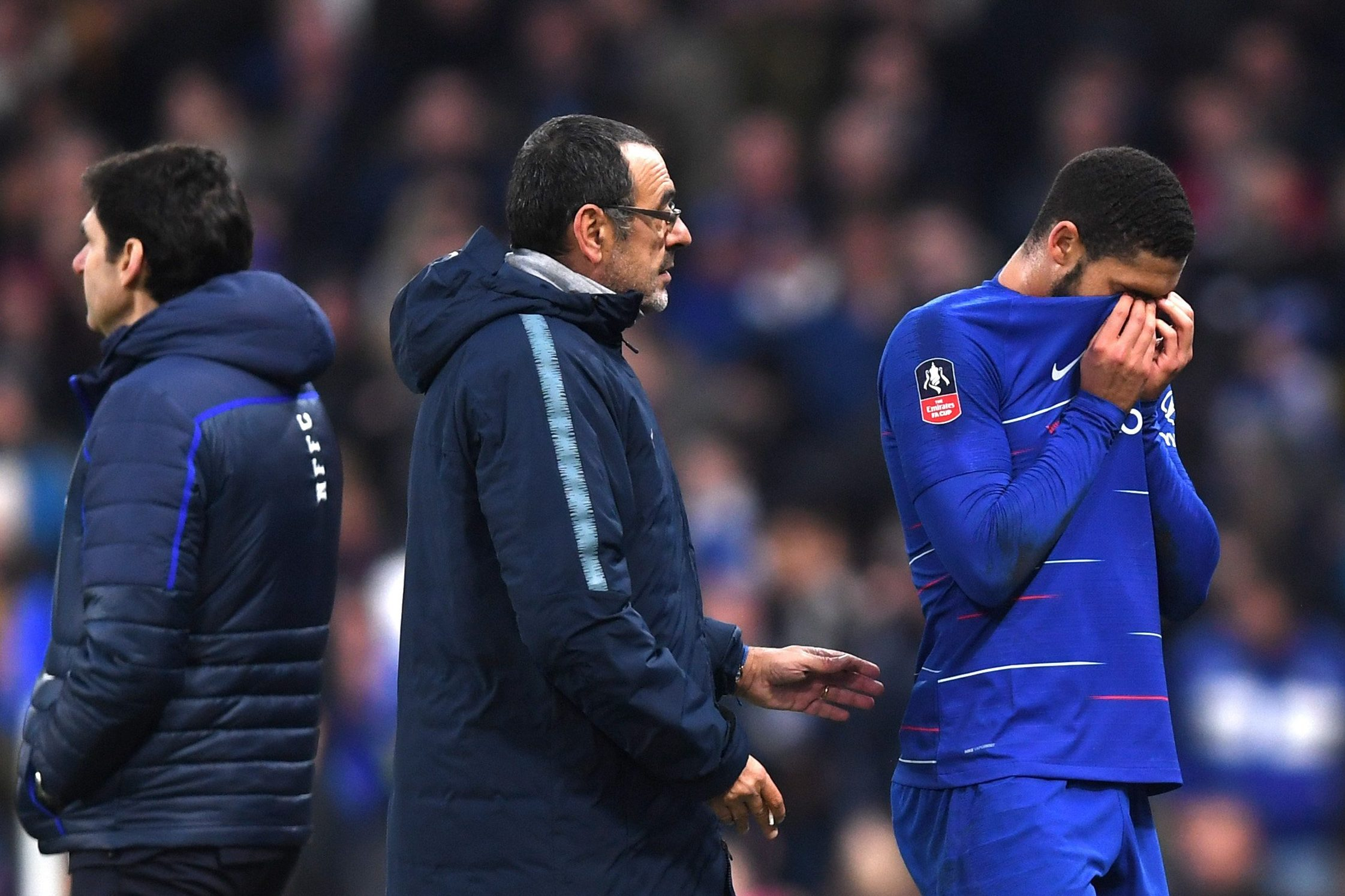 LONDON, ENGLAND - JANUARY 05: Ruben Loftus-Cheek of Chelsea reacts to being subbed due to injury as Maurizio Sarri, Manager of Chelsea looks on during the FA Cup Third Round match between Chelsea and Nottingham Forest at Stamford Bridge on January 5, 2019 in London, United Kingdom. (Photo by Darren Walsh/Chelsea FC via Getty Images)